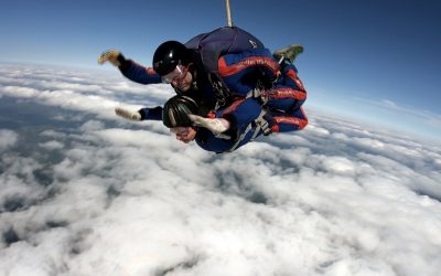 Sallyann & Paula skydive for Inspire Afrika